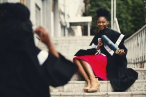 Student Loans for Kids Teens and Beginners - Pros and Cons